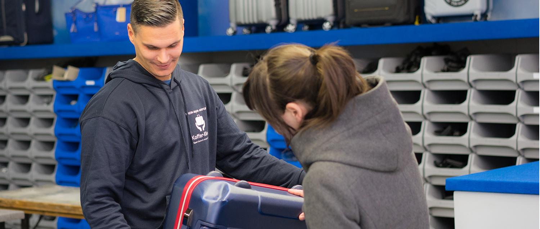Neuorganisation, besserer Service: Die Koffer-Klinik repariert Reisegepäck und wickelt Schäden ab.